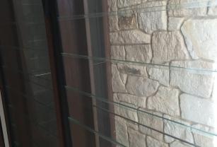 Full Circle Refinishing - Pressure Cleaning Brick Wall
