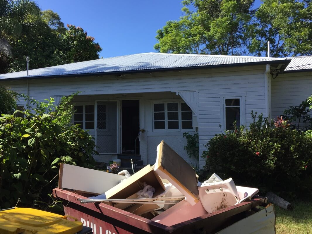 Full Circle Refinishing - Roof Cleaning and Restoration